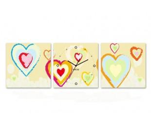 שעון קיר בתמונת 3 חלקים של לבבות גרפים