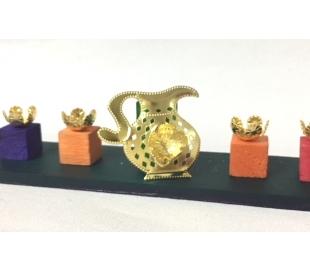 בתי נר לחנוכיה שמש בצורתכד שמן צבע זהב - 90 יח